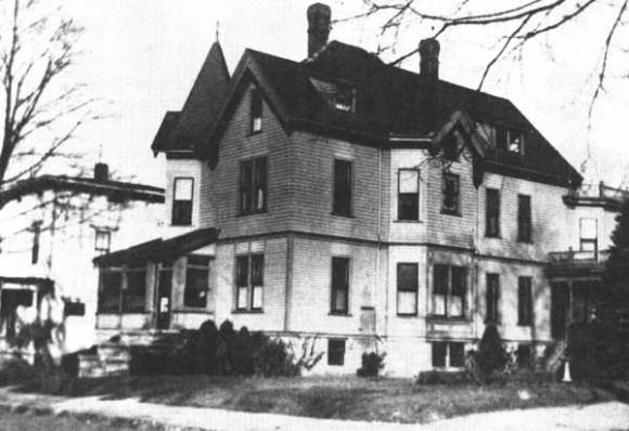 Rumah tua tahun 1845
