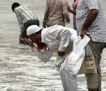 Sungai Paling Terpolusi di India tiba-tiba menjadi 'manis'
