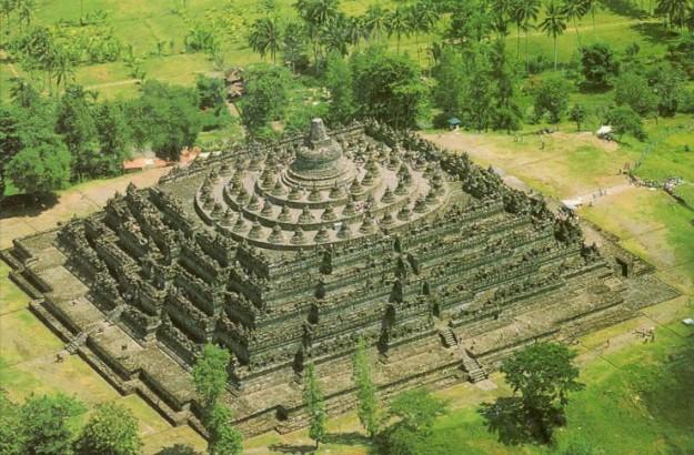 Borobudur: bukti kecanggihan teknologi dan arsitektur