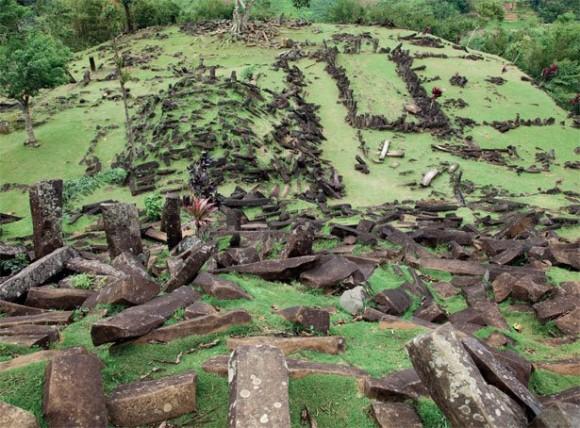 Rupa Punden Berundak Gunung Padang Akan Segera Terkuak