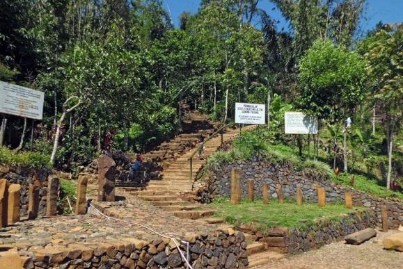 Tim Terpadu Riset Mandiri Sementara Menghentikan Rencana Eskavasi Gunung Padang