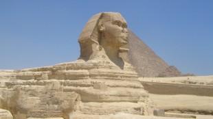 Mengapa Sphinx di Mesir Menghadap Ke Arah Barat Daya?