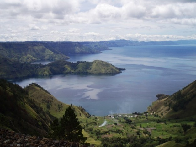 Danau Toba berasal dari letusan Gunung Toba