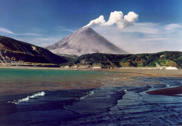 Gunung Huaynaputina, Peru