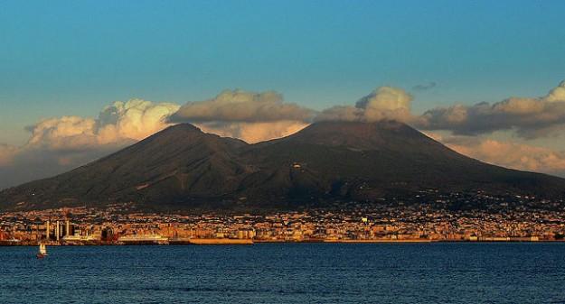 Gunung Vesuvius, Italia