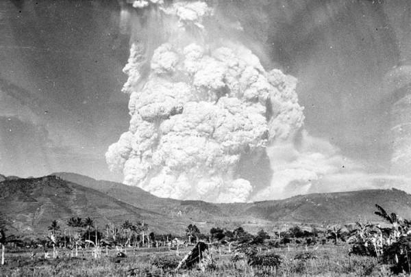 Letusan gunung kelud Tahun 1951