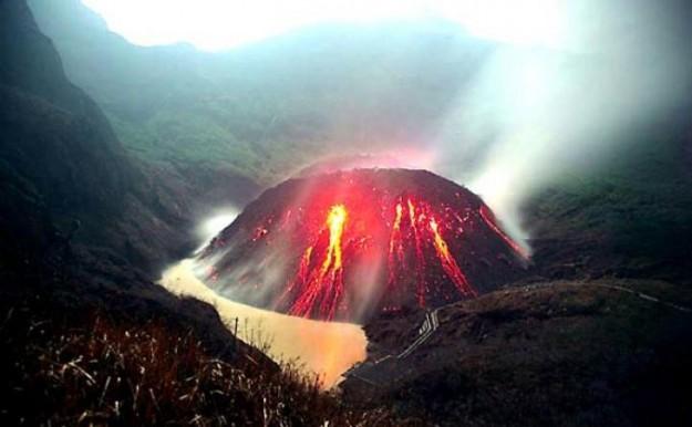 Peningkatan aktivitas Gunung Kelud 2014