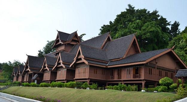Rumah Adat Malaka