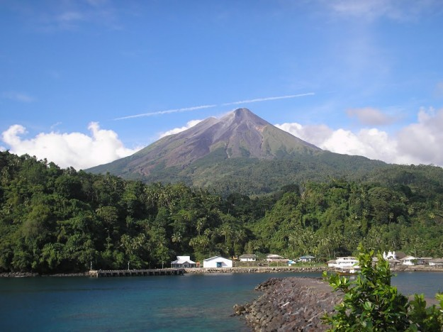 Sejarah Letusan Gunung Karangetang