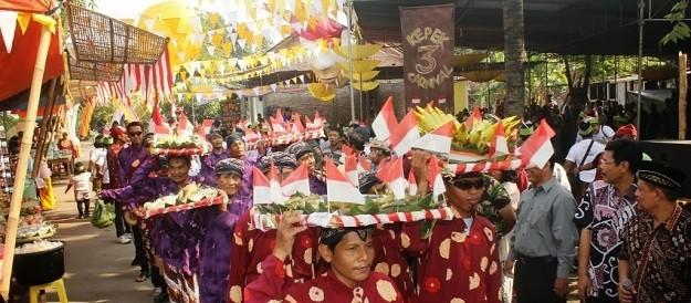 Tumpleg Bleg Agawe Santoso - Budaya Lokal di Yogyakarta