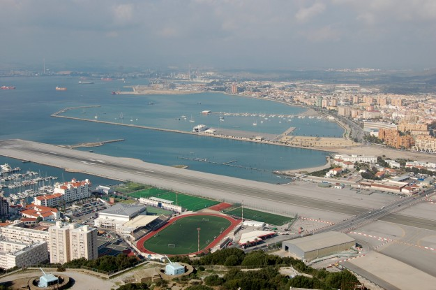 Bandar Udara Internasional Gibraltar, Gibraltar