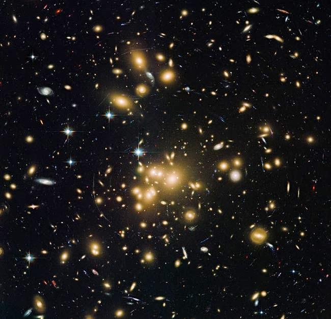 gambar terbaru dari Teleskop Hubble (sep 2013)