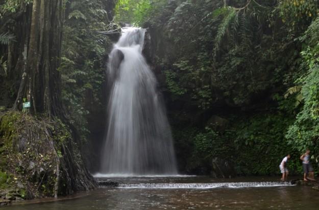 Air Terjun Curug Putri;