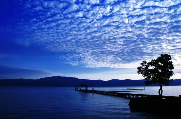 Danau Matano ( Indonesia )