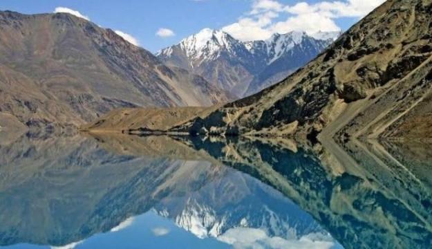 Danau Sarez ( Tajikistan )