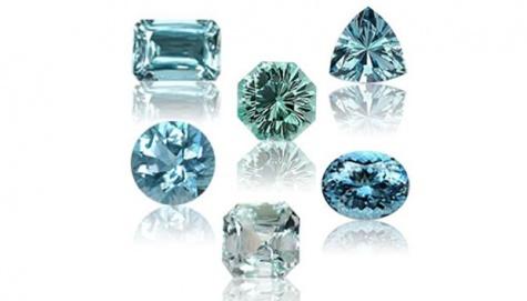 Contoh batu Aquamarine