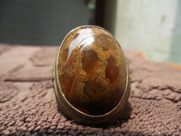 batu cincin sarang tawon