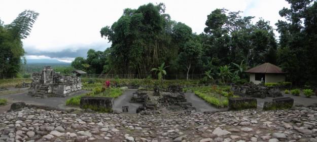 Gambar kompleks Candi Gunung Wukir